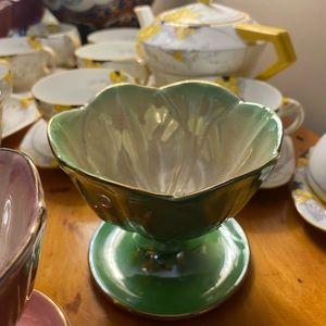 MALING VINTAGE  Lustreware Dessert Bowl